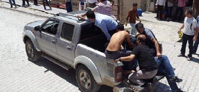 Şemdinli'de Askere Silahlı Saldırı