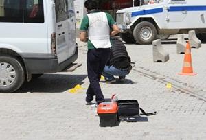 Horasan'da Askere, Yüksekova'da Lojmanlara Saldırı