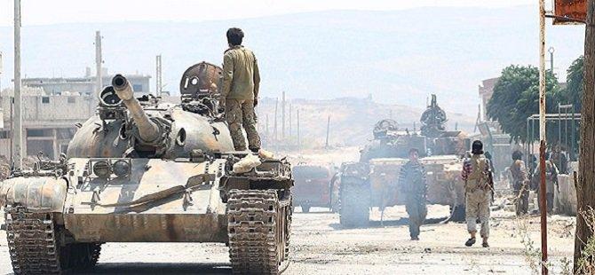 Suriyeli Direnişçiler Lazkiye ve Hama'ya İlerliyor