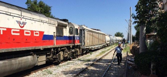 Van'da Yolcu Trenine Mayınlı Saldırı