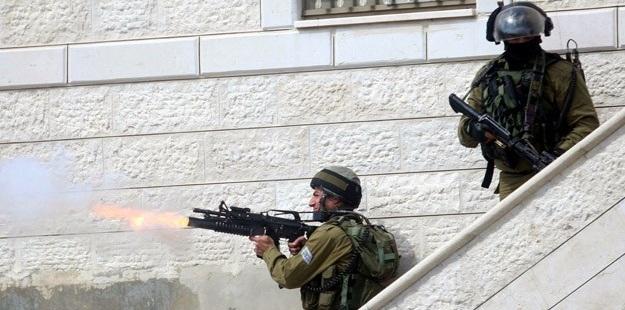 İsrail'den Taş Atarak Direnen Filistinliler İçin Vur Emri!