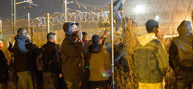 Manş Tüneli'nde Ölüme ve Polise Karşı Çifte Mücadele