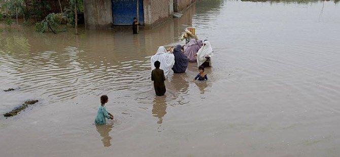 Pakistan'daki Sellerde Ölü Sayısı 140'a Yükseldi