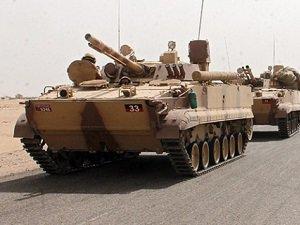 Aden'e Tanklarla Takviye Yapıldı