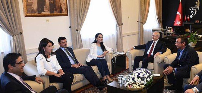 Kılıçdaroğlu HDP Eş Genel Başkanlarıyla Görüştü