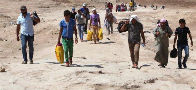 """""""Göçmenler Kamp Bulamıyorsa Otele Gitsin"""""""