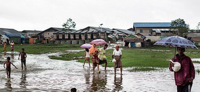 Myanmar'daki Sellerde 74 Kişi Öldü