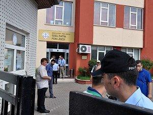 """İzmir'de """"Paralel Yapı"""" Operasyonu: 8 Gözaltı"""