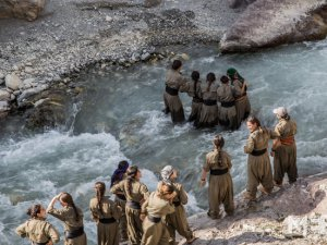 PKK'nın Kadınları ve Kürtlerin Namusu