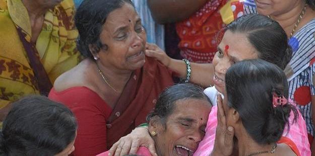 Hindistan'da Tapınakta İzdiham: 11 Ölü!