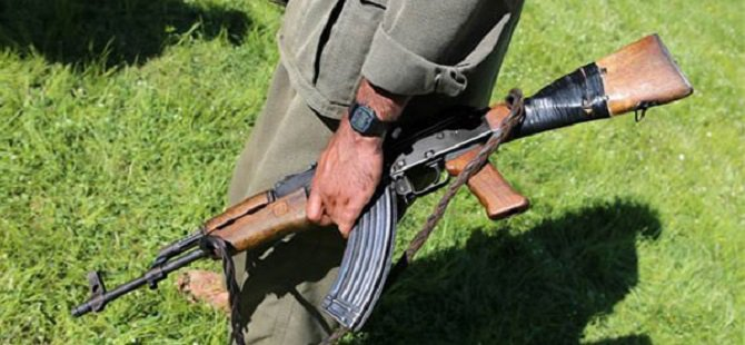 Bomba Yapmaya Çalışan PKK'lı Kendini Patlattı