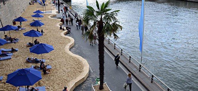 Paris'te 'Tel Aviv' Temalı Plaj Etkinliği Tepki Çekti