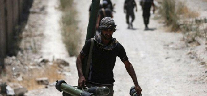 Direnişçiler Roketlerle Şam'ı Vurdu