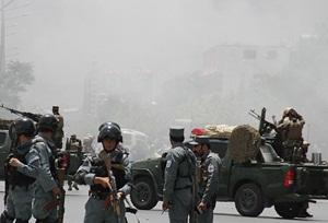 Taliban Mensupları 14 Afganistan Polisini Öldürdü