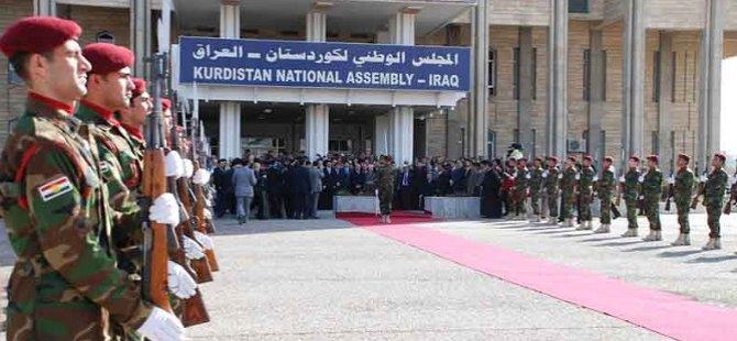 """""""İran Barzani'ye Ders Vermek İstiyor"""""""