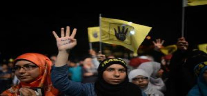 Fatih Saraçhane'de Rabia Eylemi