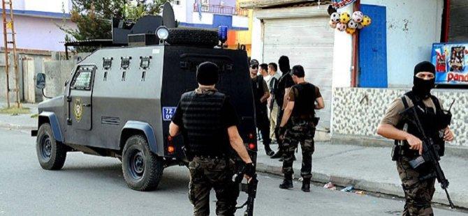 Siirt'te Delici ve Kesici Alet Taşınması Yasaklandı