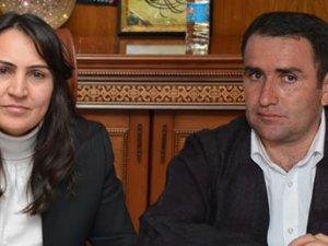 Hakkari Belediyesi Eş Başkanları İçin Gözaltı Kararı