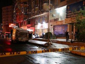 AK Parti Diyarbakır İl Başkanlığına Saldırı Düzenlendi