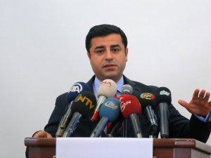 'PKK'nın Amasız Silahlı Eylemlerini Durdurması Lazım'