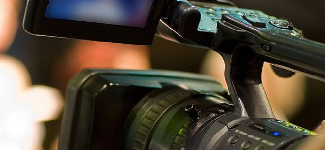 ABD'de İki Gazeteci Canlı Yayında Öldürüldü