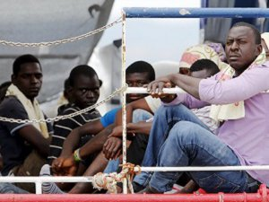 Avusturya'da 50 Mülteci Kamyon Kasasında Ölü Bulundu