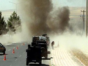 Şırnak'ta Roketatar ve Uzun Namlulu Silahlarla Saldırı