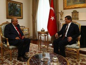 Başbakan Davutoğlu Tuğrul Türkeş'i Kabul Etti