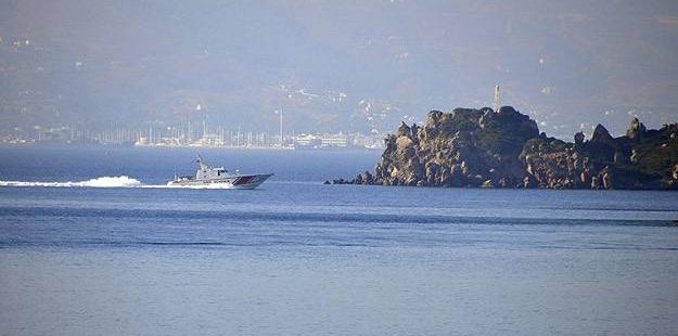 Ege Denizi'nde Mültecileri Taşıyan Tekne Battı!
