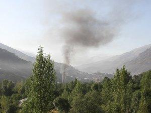 PKK 5 Köye Ulaşım Sağlayan Köprüleri Patlattı
