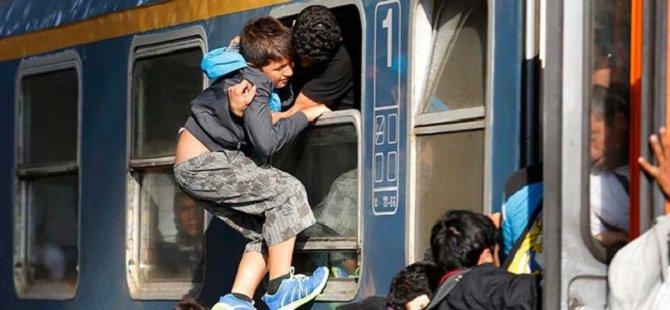 Macaristan: Mülteci Akını Hristiyan Kökenimizi Tehdit Ediyor