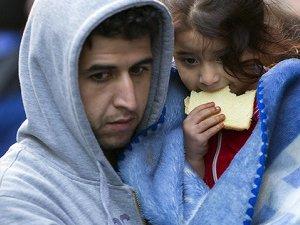 İsviçre'nin de Gözü Mültecilerin Parasında!