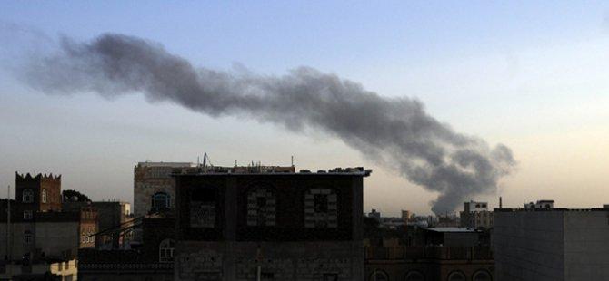'İran Büyükelçiliği Husilerin Karargahı Gibi Çalışıyor'
