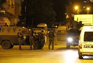 Van'da Zırhlı Polis Aracı ve TOMA'ya PKK Saldırısı!