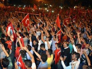 PKK Karşıtı Protestolarda PKK'lı Provokatör