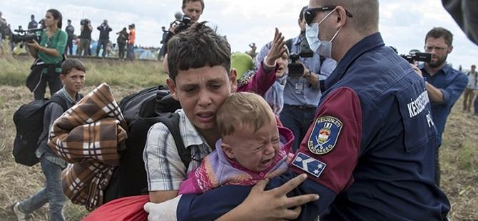 Macaristan, Romanya Sınırına da Tel Örgü Çekmeye Hazırlanıyor!