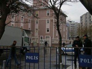 Diyarbakır'da Yapılan Aramada Araçta Cephane Bulundu