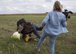 Macaristan'da Sığınmacılara Çelme Takan Kameraman Yargılanacak