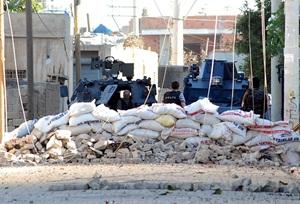 Silvan'da Polise PKK Saldırısı: 1 Polis Hayatını Kaybetti