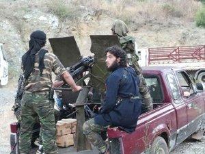 Direnişçiler, Şam-Humus Bağlantısını Kesti
