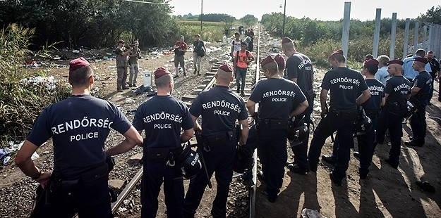 Macaristan'da Olağanüstü Hâl Uzatılıyor