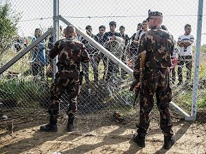 BM: Avrupa'da Yeni Tel Örgüler Görmek İstemiyoruz