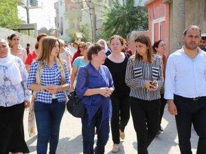 Cizre'den Gazze, AK Parti'den İsrail Doğuracak Kadınlar