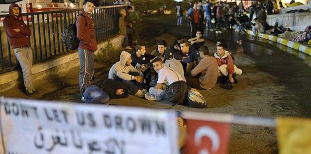 """""""Sığınmacı""""lar Geceyi İstanbul Otogarında Geçirdi"""