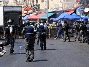 Siyonistler, Çoğu Çocuk 150 Filistinliyi Gözaltına Aldı