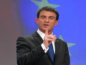Fransa Başbakanı: Camilere Mali Yardım Yasaklanmalı