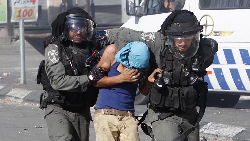 Siyonistler Kudüs'te 27 Filistinliyi Gözaltına Aldı