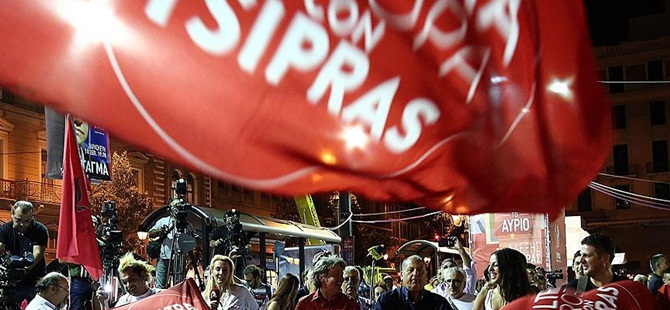 """Yunanistan Basınında """"SYRIZA Zaferi"""""""