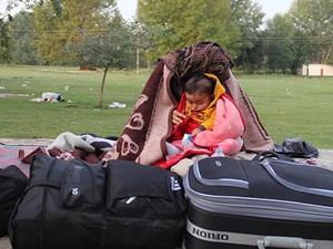 Edirne'deki Mültecilerin Bekleyişi Sürüyor