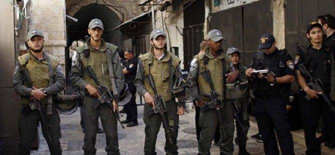 Siyonist İsrail Askerleri Gerçek Mermiyle Saldırdı